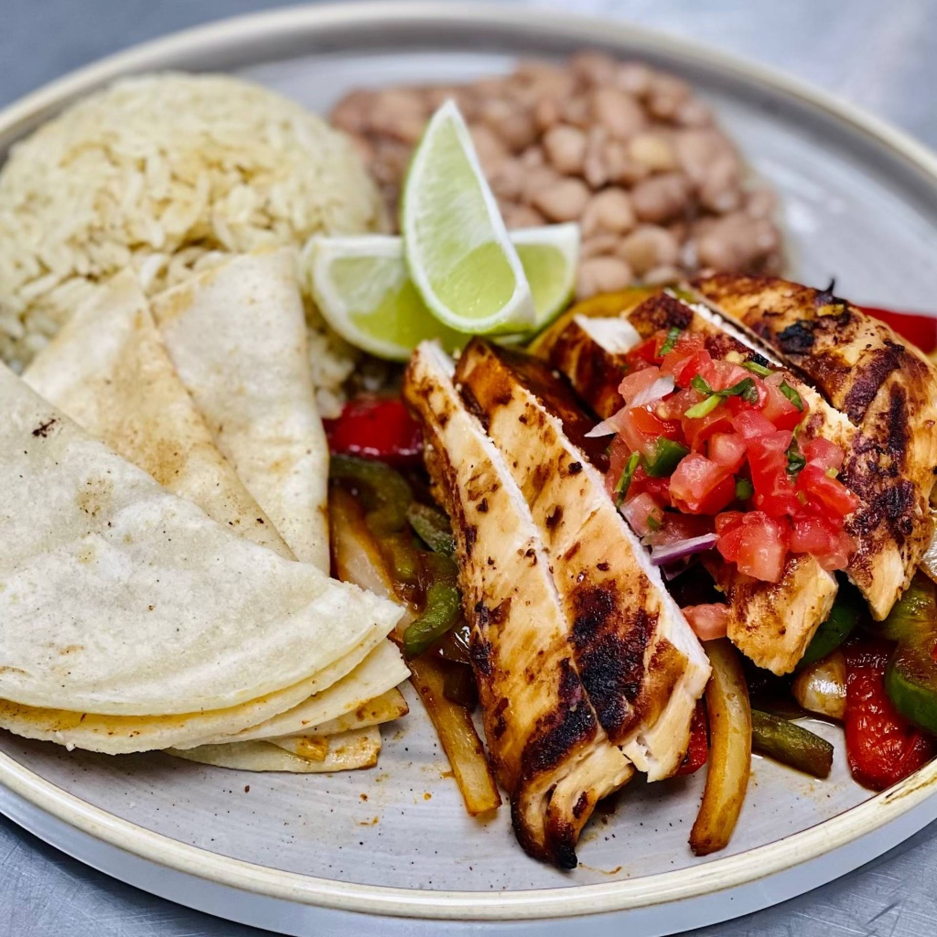 Fajitas with Grilled Chicken