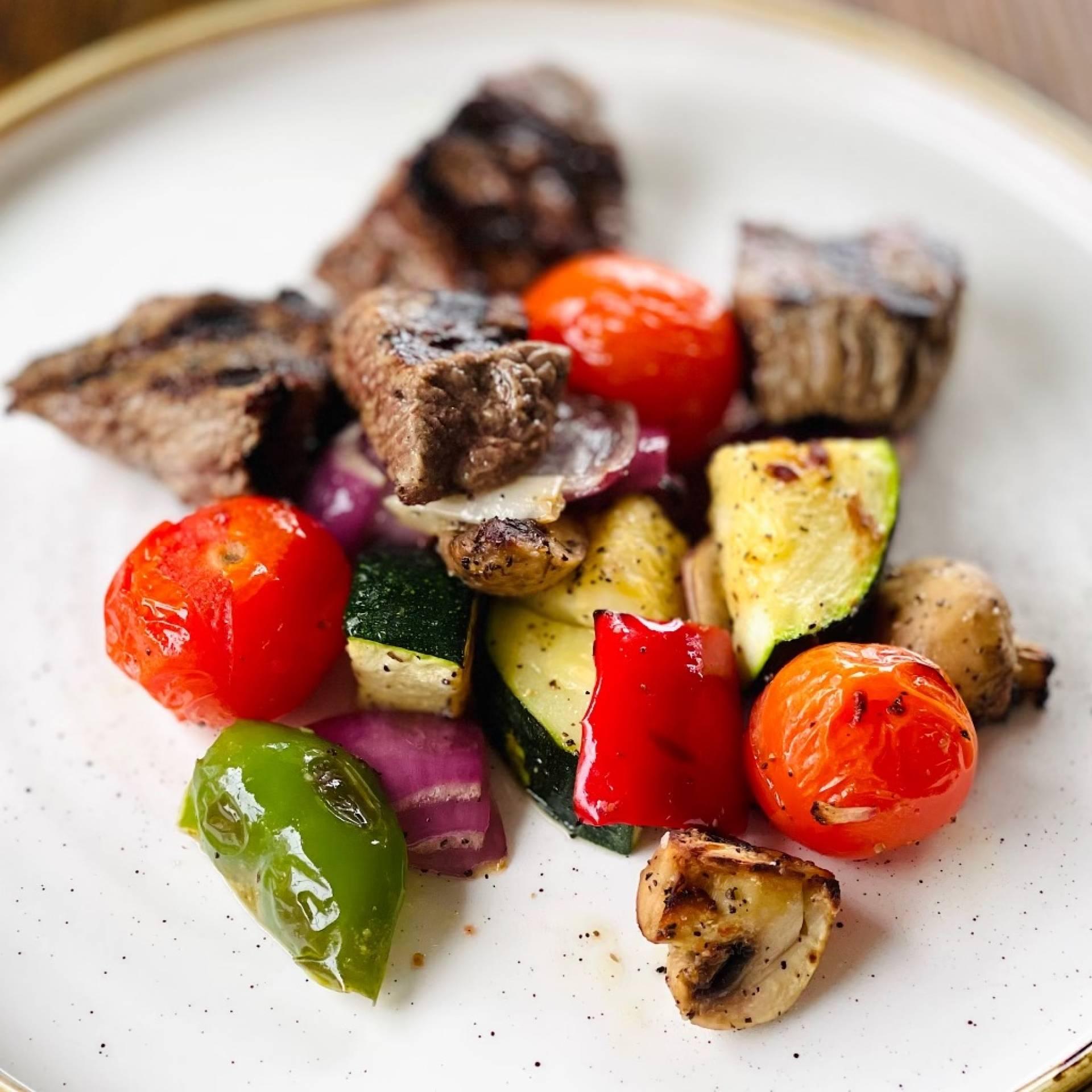 Dads Backyard Steak Tips